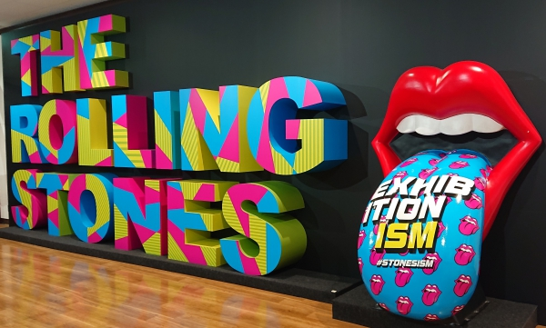 THE ROLLING STONES展